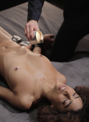 After exciting hot wax, Kristof Cale fucks Ebony Luna Corazon with passion