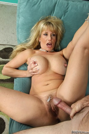 Solo Hd Stockings Hairy