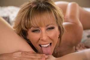 Panty sniffing Chloe Cherry has hot girl on girl with step mom Cherie DeVille