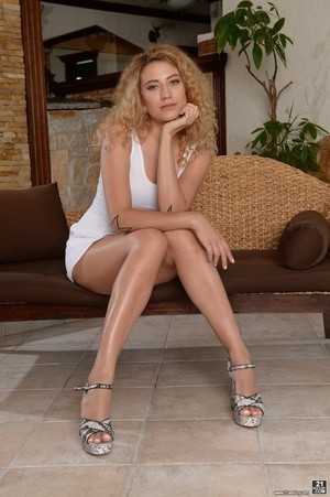 Curly haired blonde Stasy Rivera gets DP'ed and creampied by two hunks in HD
