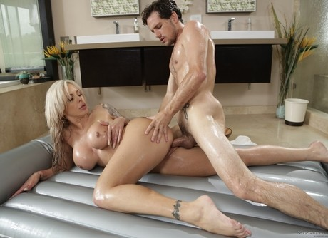 Hot Sexy Massage Therapy Hd-easyporn 1